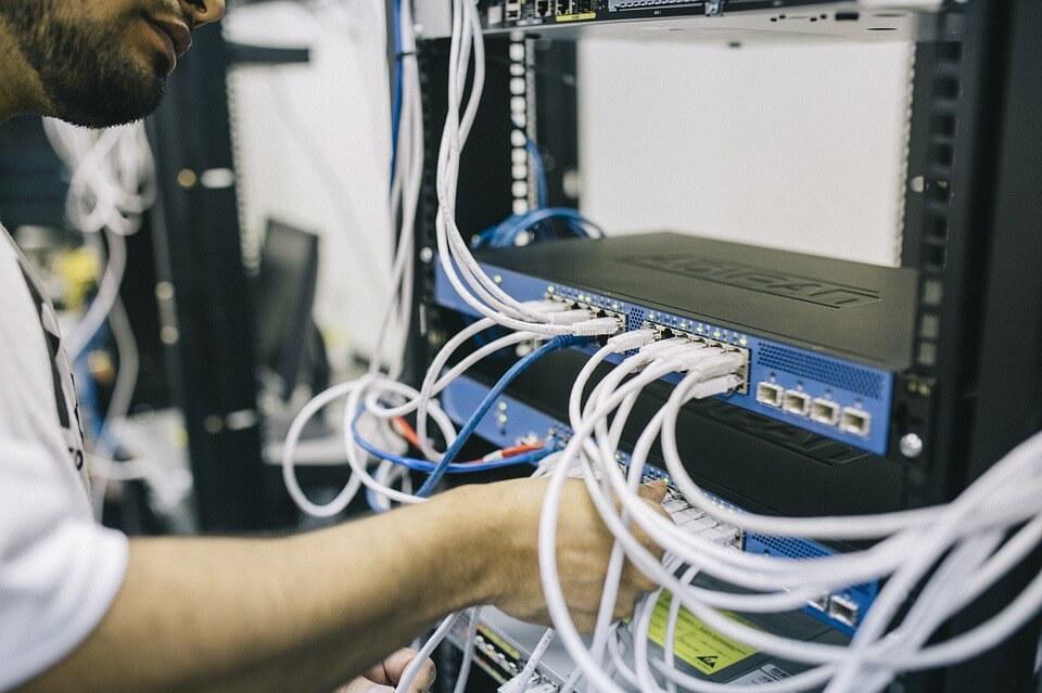 câblage salle informatique